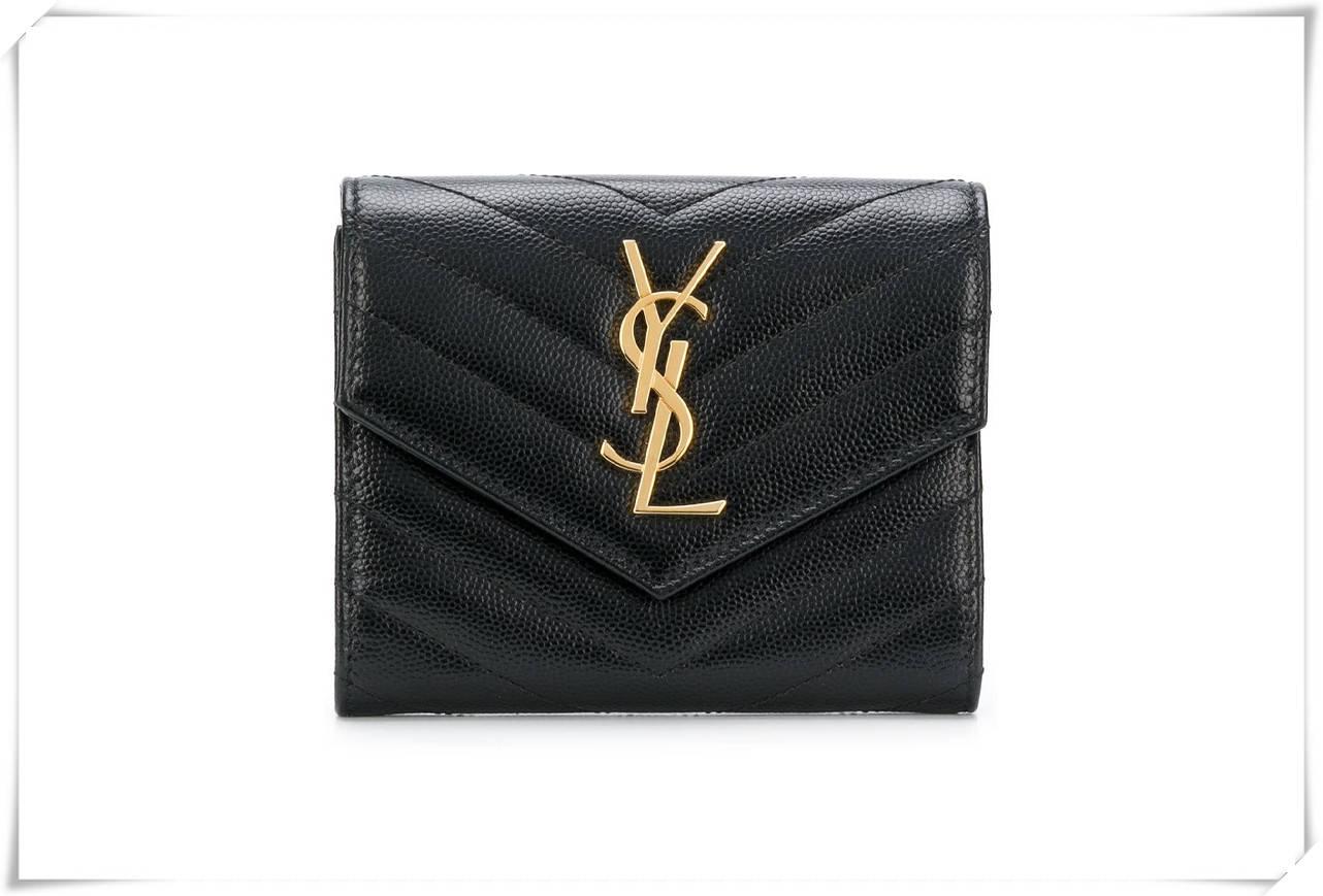 名牌手袋超出你预算?这些名牌钱包一定更合你心意!