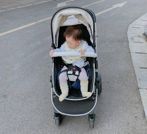 没有笨妈妈只有懒妈妈,经常对小宝宝做这两件事,宝宝身体顶呱呱