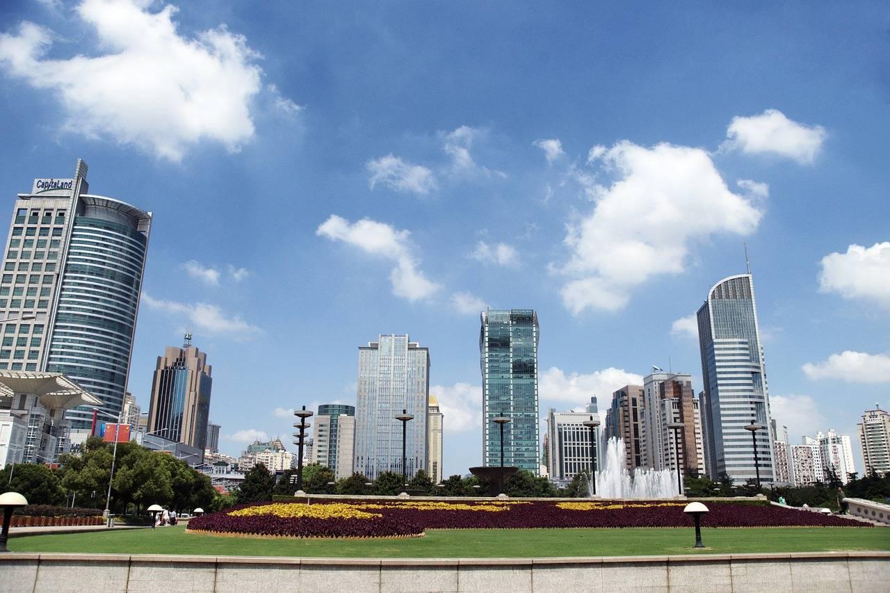 全球城市gdp_世界最牛的城市,一年世界排名上升30位,GDP直线上升