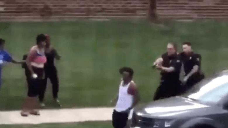 美威斯康辛州警察朝黑人连射7枪 马丁·路德·金女儿发文控诉