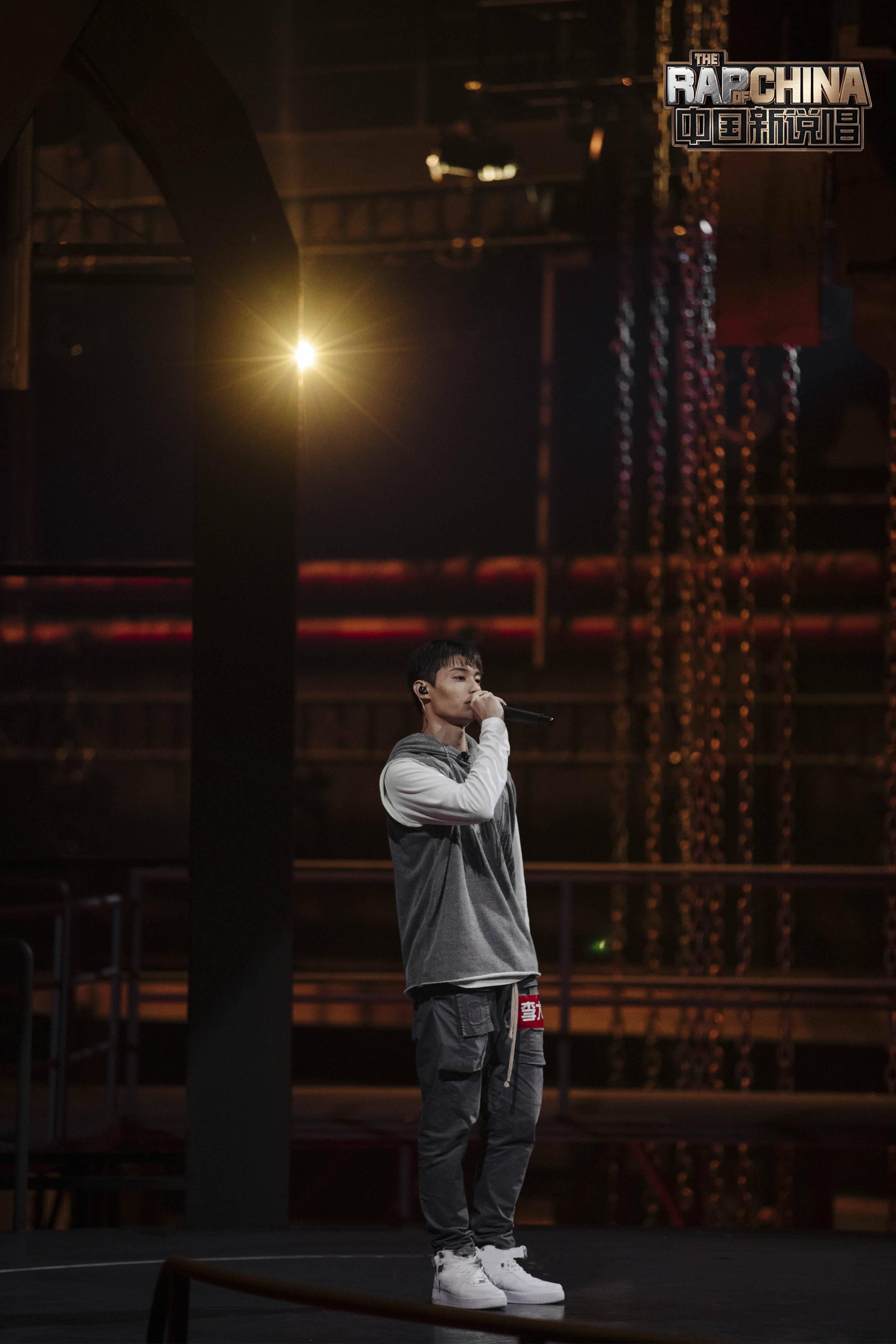 《中国新说唱2020》连续霸榜热度再创新高 药水哥走心《药水歌》成全网洗脑神曲