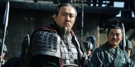 <strong>刘备刚刚从曹操手中夺得汉中皇帝关羽,</strong>