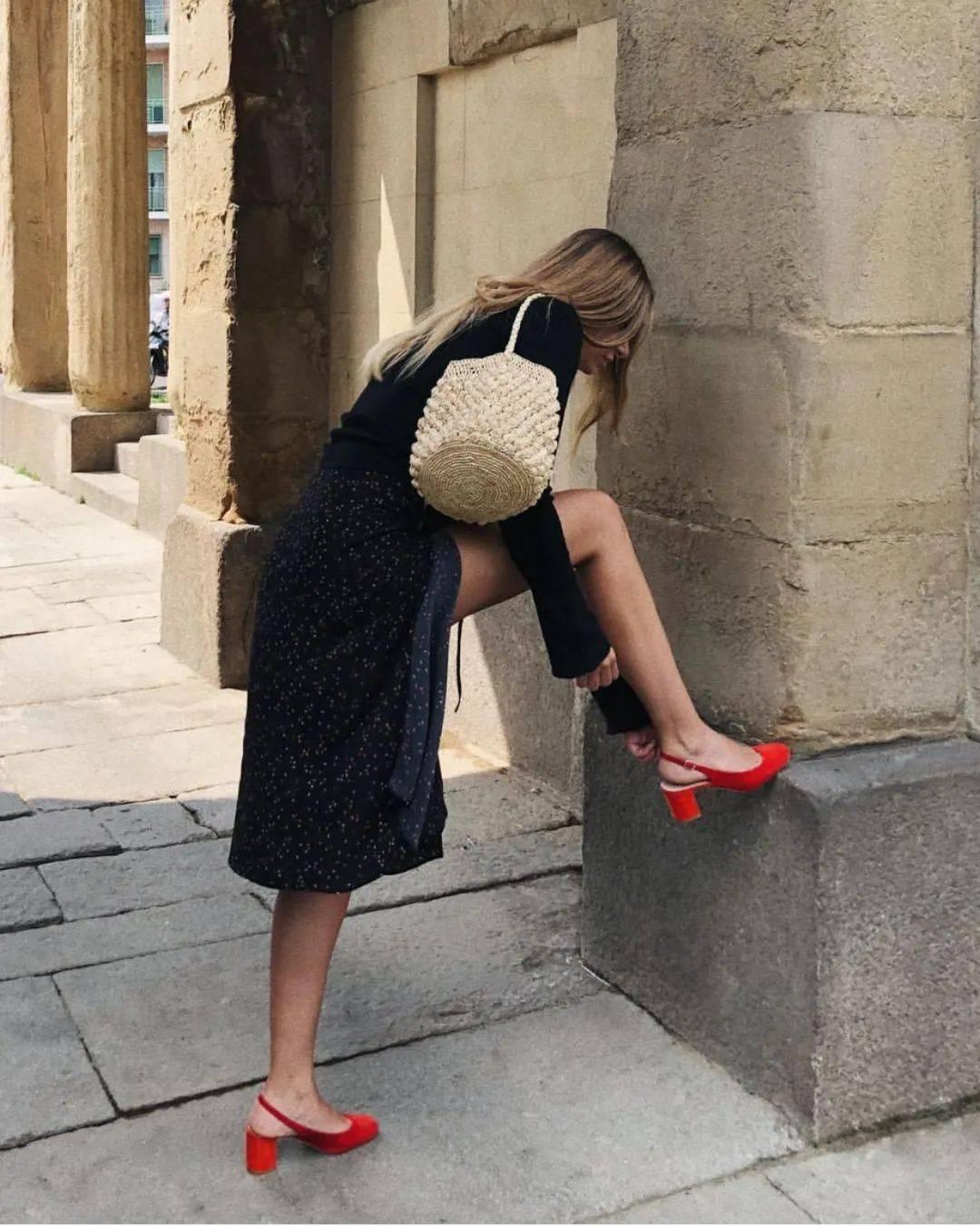 秋天穿红色单鞋,搭衣服美哭!