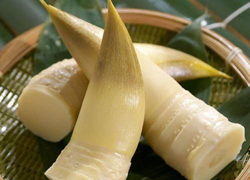 棕苞竹笋保健饮料配方的研制