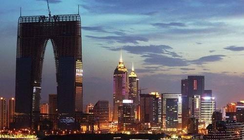 2020苏州GDP超广州_万亿GDP城市人均可支配收入排名:上海、北京、深圳、广州、苏州超...