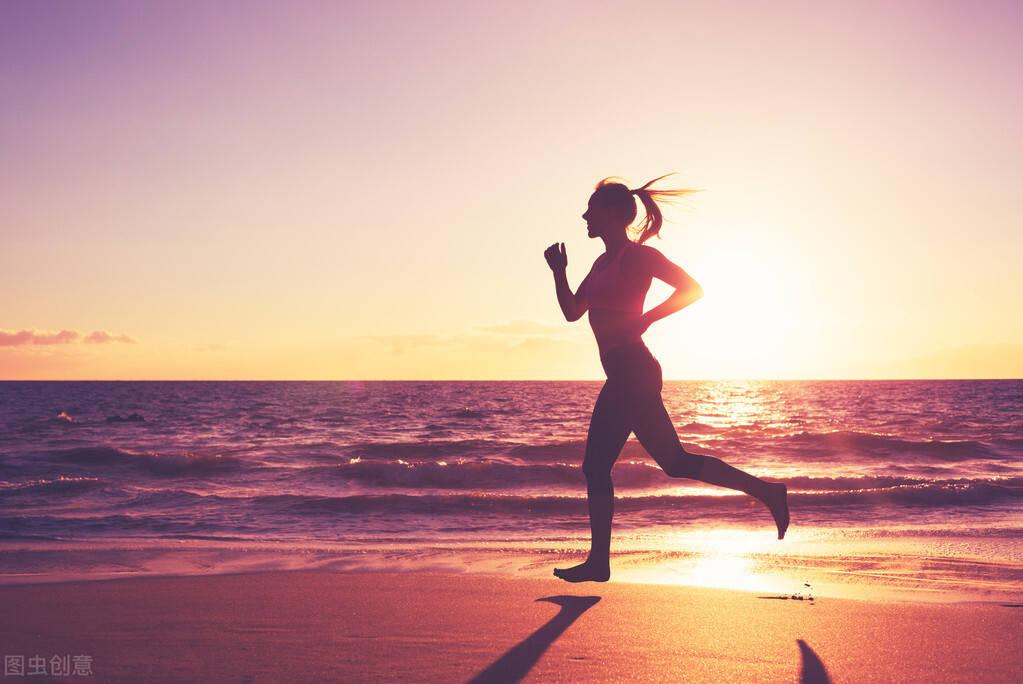 减肥别只关注体重!当身体出现4个迹象,说明你在慢慢瘦下来