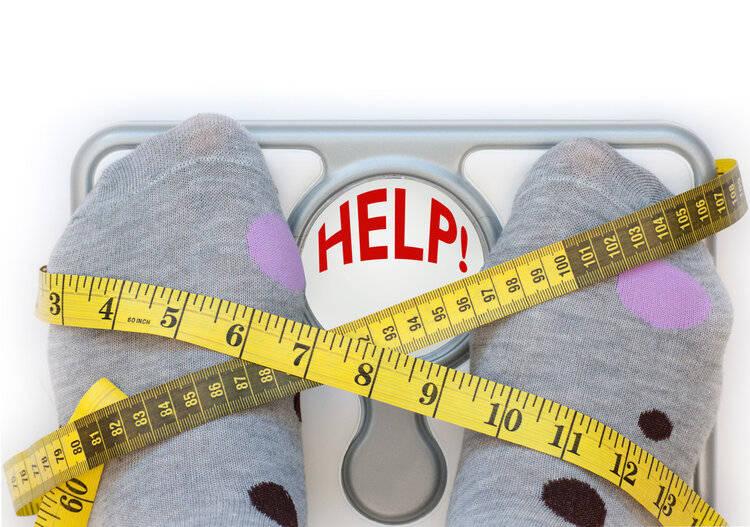 早上称体重,为什么会比较轻?晚上会消耗脂肪?医生说出了事实