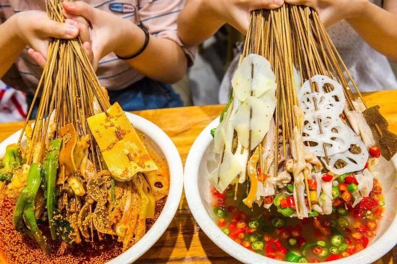 原创             世界美食之都成都,为什么会被四川人集体鄙视