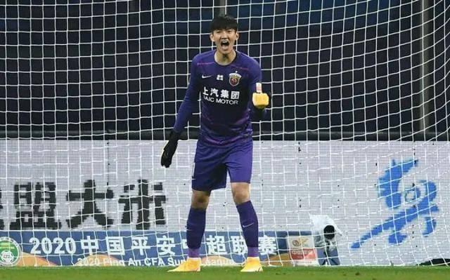 穆伊首秀进球,上海上港险胜武汉卓尔,守门员颜骏凌建功