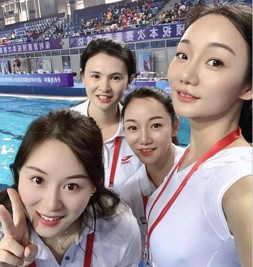 她们是自由泳中最美的姐妹,因为潜规则