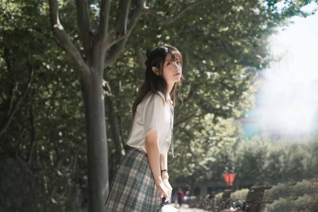 JK私影,是夏末秋初的清甜和优雅