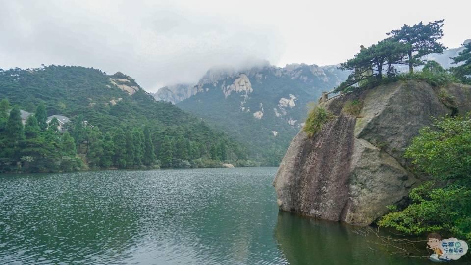 原创             安徽三大名山之一,《琉璃》反派凭一己之力带火,景区正找他代言