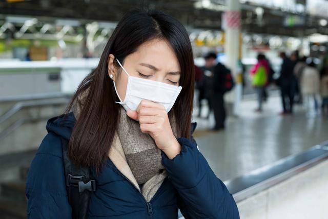 秋冬将至,新冠病毒会引发第二波吗?这3类人,最不容易疫情感染
