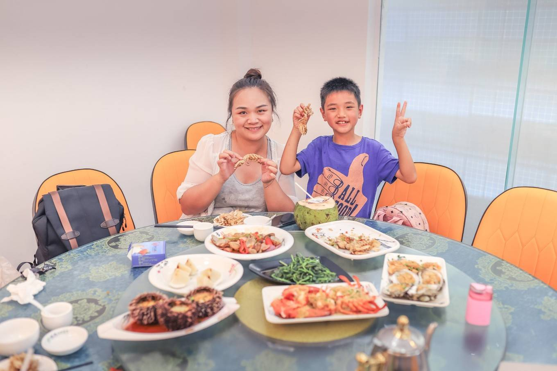 三亚旅游吃什么?海南十佳地方特色餐厅,海鲜超好吃