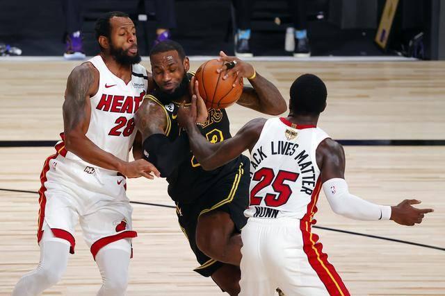 NBA汇总:湖人再下一城,浓眉哥比肩乔丹杜兰特,詹姆斯超名宿