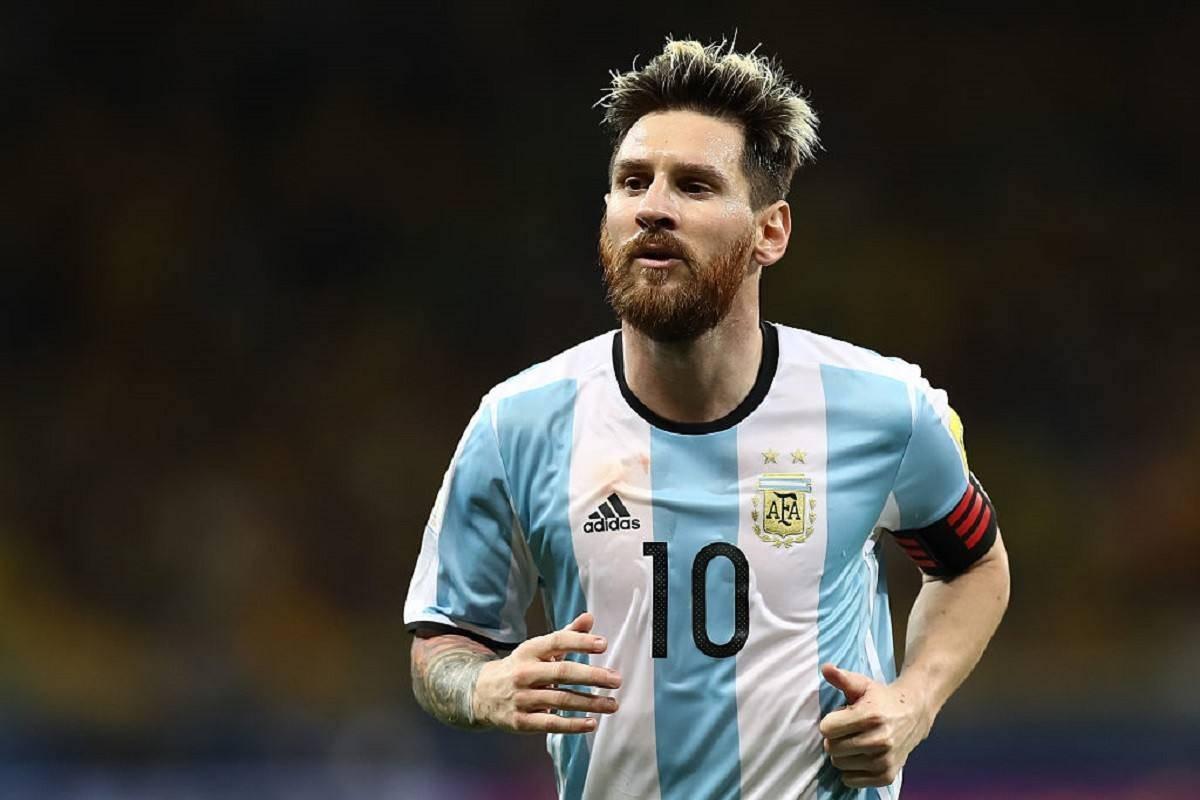 梅西真首领!出私家飞机载阿根廷队友回国!