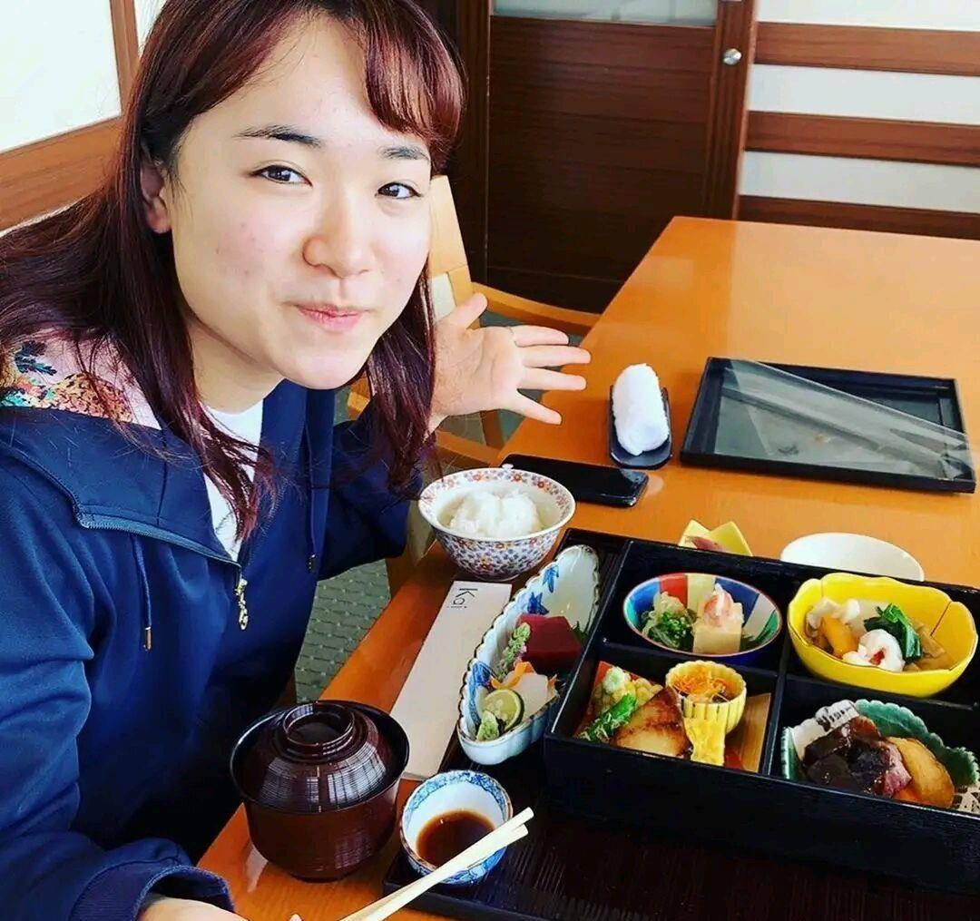 日本伊藤美成迎来夺冠良机!刘和朱玉玲