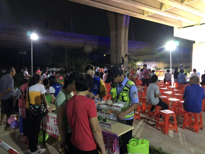 东凤横沥派出所民警在东和平村禁毒宣讲活动