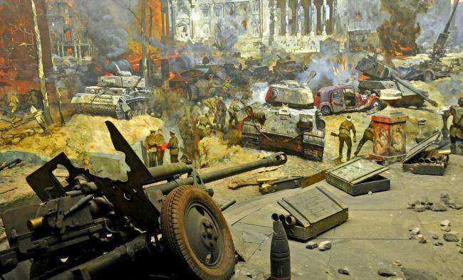 2万门加农炮投入使用 消耗500万发炮弹 其中一门将被夷为平地