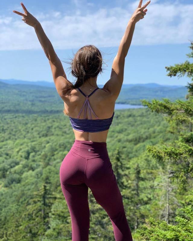 一组锻炼臀腿力量训练,帮你雕刻浑圆、饱满的翘臀!