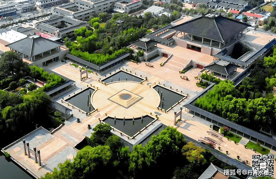 孔子美术馆签约艺术家:陈成珍