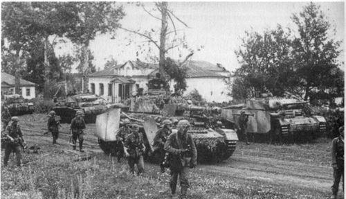 二战德军在库尔斯克战役惨败,责任到底该不该让希特勒来背?