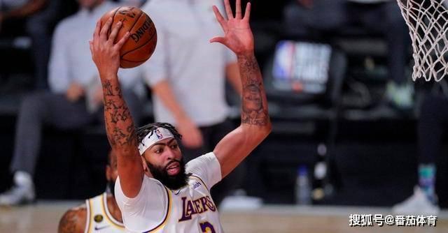 原创             「NBA」和湖人要新肥约 浓眉哥欲跳出合同