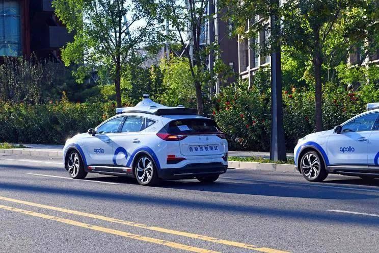 原创             每天车闻:富士康要为全球300万辆电动车生产配件