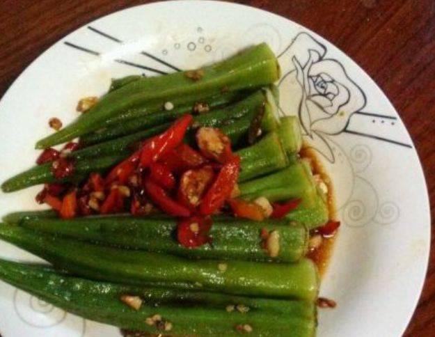 滑嫩爽口简单又营养,百吃不腻简单实用又好吃,一大盘子不够吃