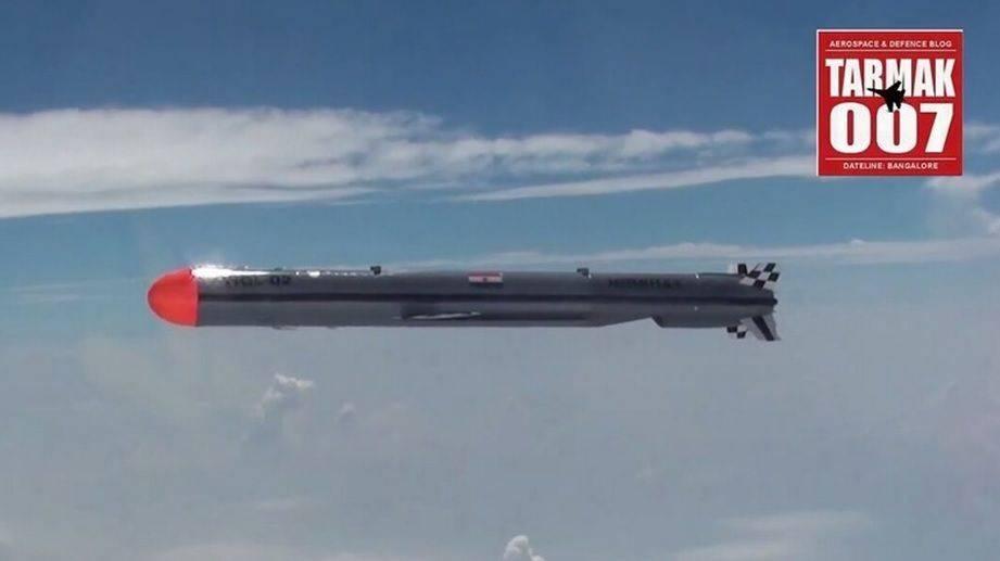 导弹偏离目标200公里!打破世界最歪纪录,印度还能不能好好玩了