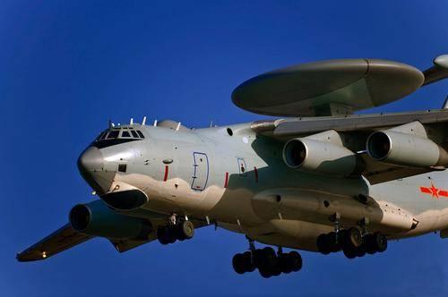 """我国自行研制的首款大型预警机""""空警-2000"""",我国的空军帅府"""