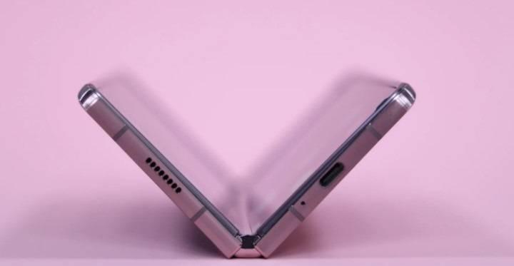【报告:三星 Galaxy Z Fold 3 具有更厚的 UTG 玻璃,搭载 S Pen】