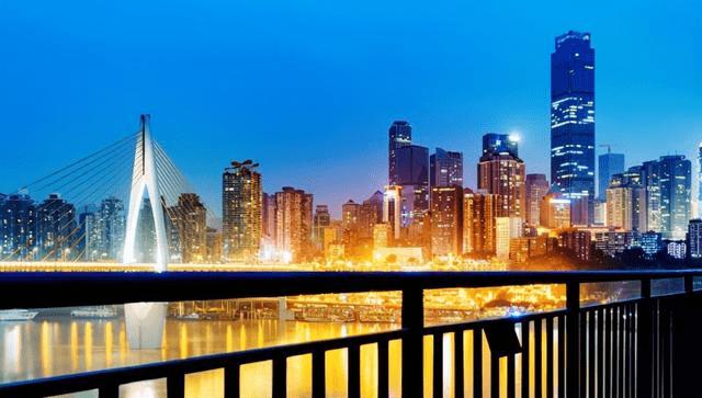 热门城市排行榜_暑期热门旅游城市排名出炉:重庆高居第三位!长沙成黑马!