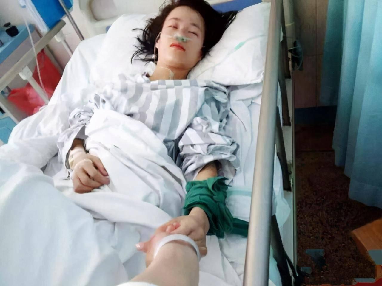 17岁女生突然昏迷,入院就下了病危,查出病因医生都后怕图片