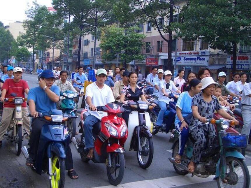 越南华裔现状:人口有120万,地位却很低,彻底被同化了