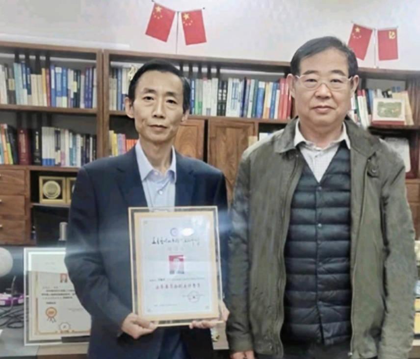 王远方律师担任华夏艺媒北京国际文化中心法务委员会副主任委员