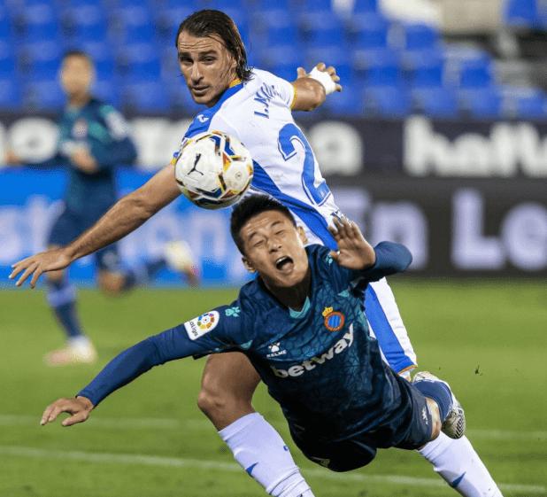 武磊全记录:候补进场24分钟 完结2次射门仅7次触球