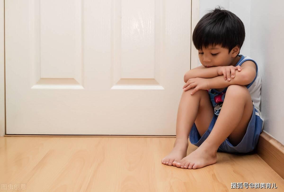 """孩子睡醒后常出现这个动作,""""暗示""""宝宝发育好,易养成小学霸"""