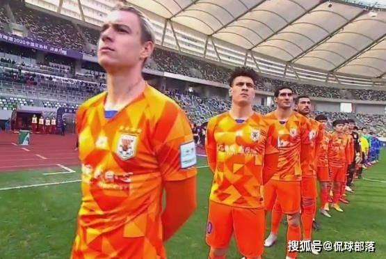 原创             拒绝3连亚!鲁能6夺足协杯,国安4次恒大仅2次,苏宁主帅祝贺鲁能
