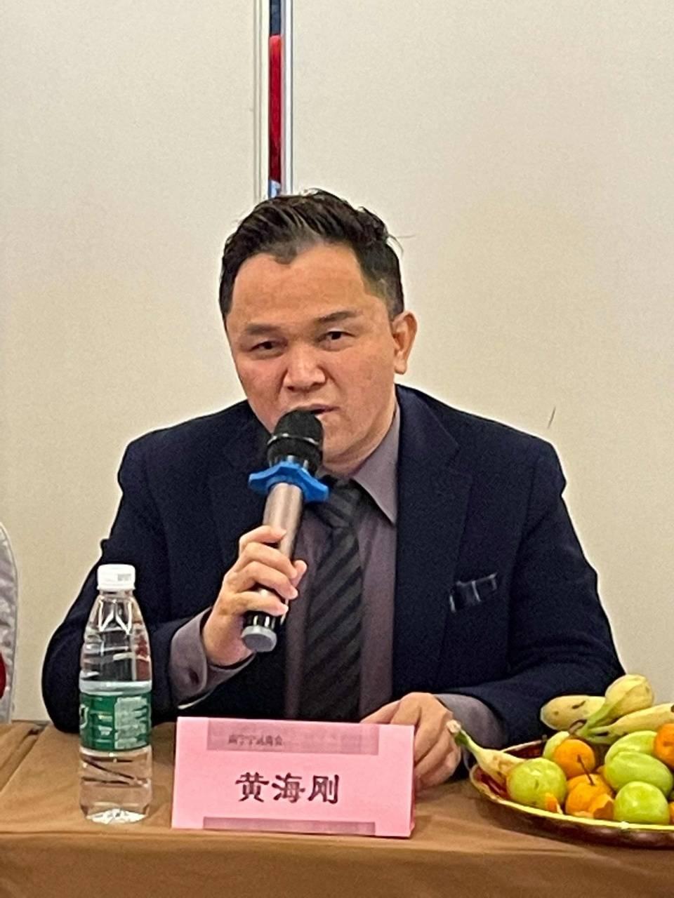宁远县委班子成员曾海波