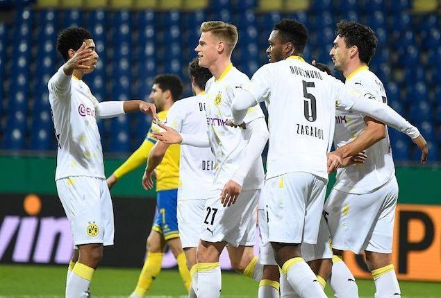德国杯-胡梅尔斯建功桑乔破门多特客场2-0晋级71c