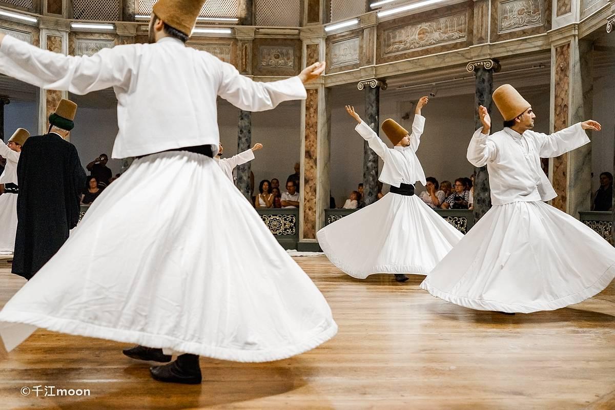 被列入世界文化遗产名录的旋转舞,去土耳其旅行不可错过!