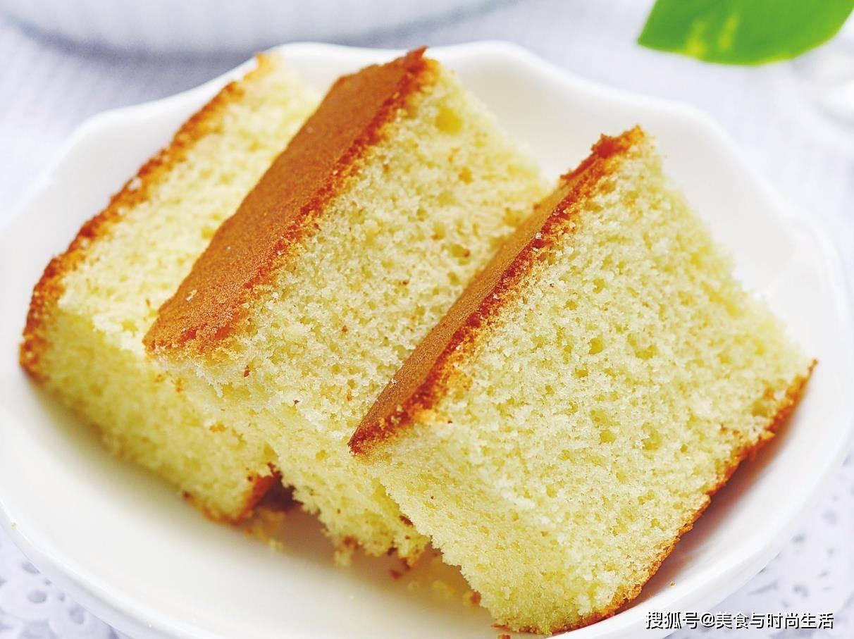 不用烤箱,教你在家用电饭锅做蛋糕,方子简单实用,松软又好吃