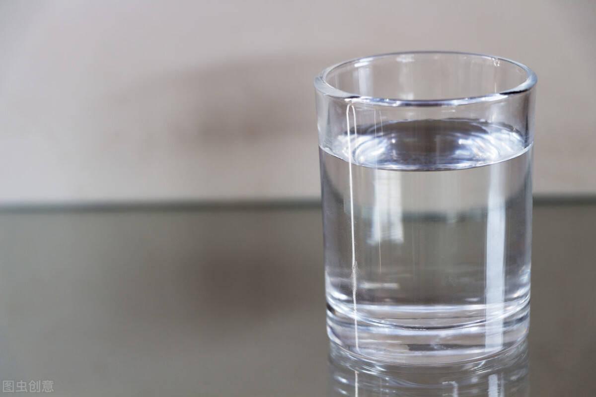 多喝水可以减肥吗?掌握科学的喝水方法,可以提高身体代谢!