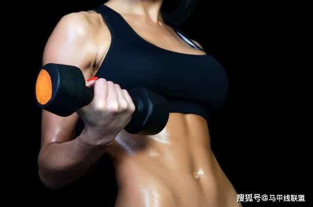 去不了健身房锻炼怎么办?足不出门,5种运动在家也能练出好身材