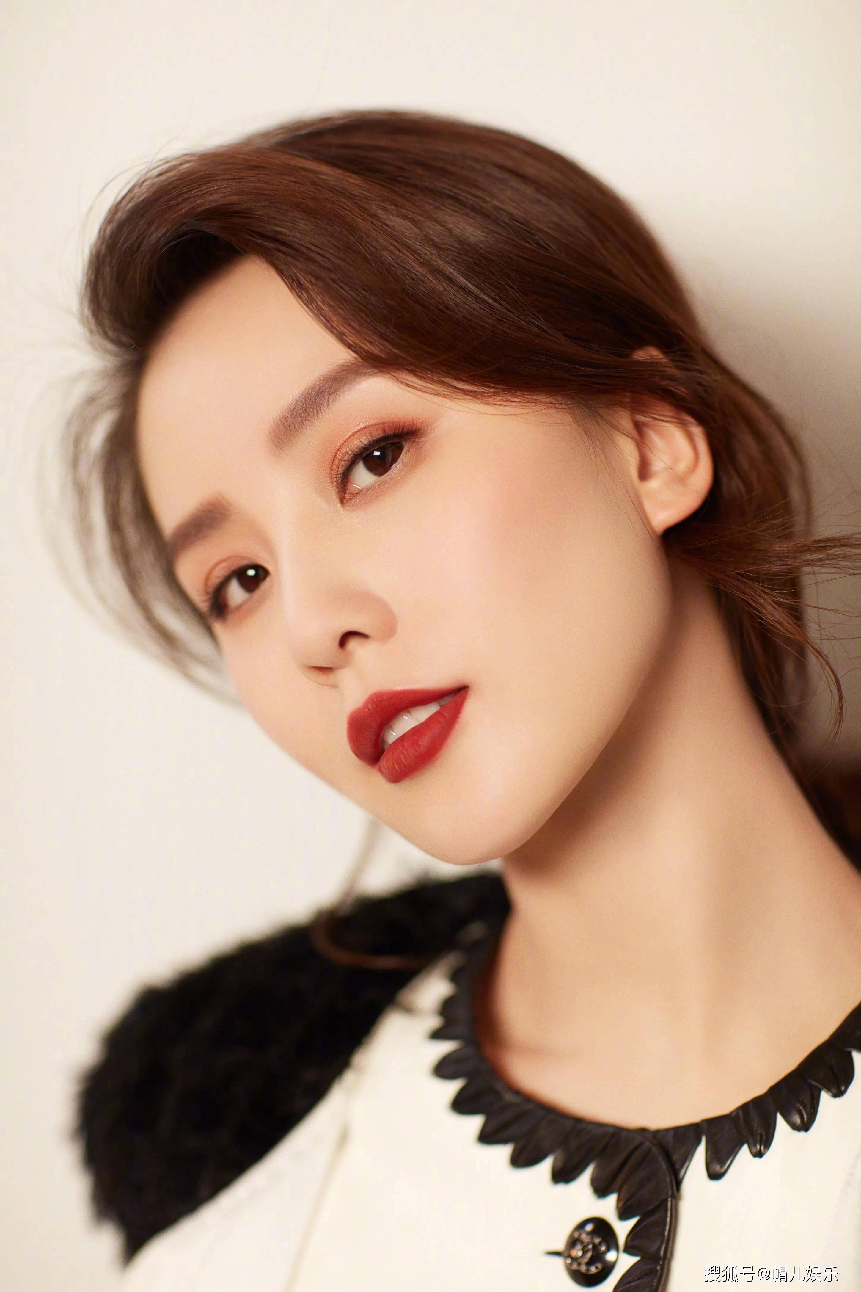 刘诗诗香奈儿美容化妆品