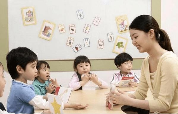 幼儿园的孩子,要不要报兴趣班?从业20年老师给出的建议实用