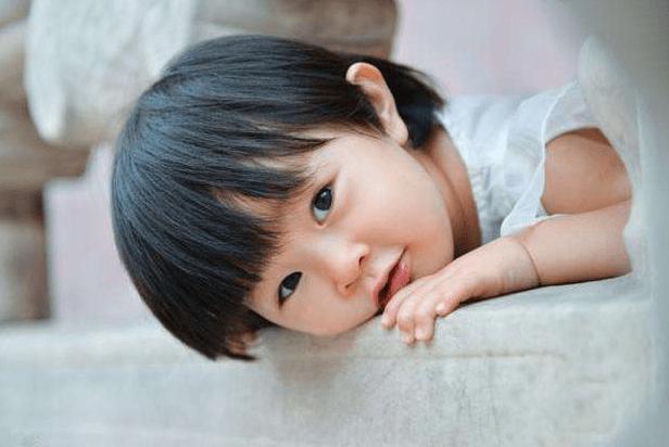 """娃的脸上能看出""""福相""""?漂亮不一定有福气,家长可观察5个特点"""