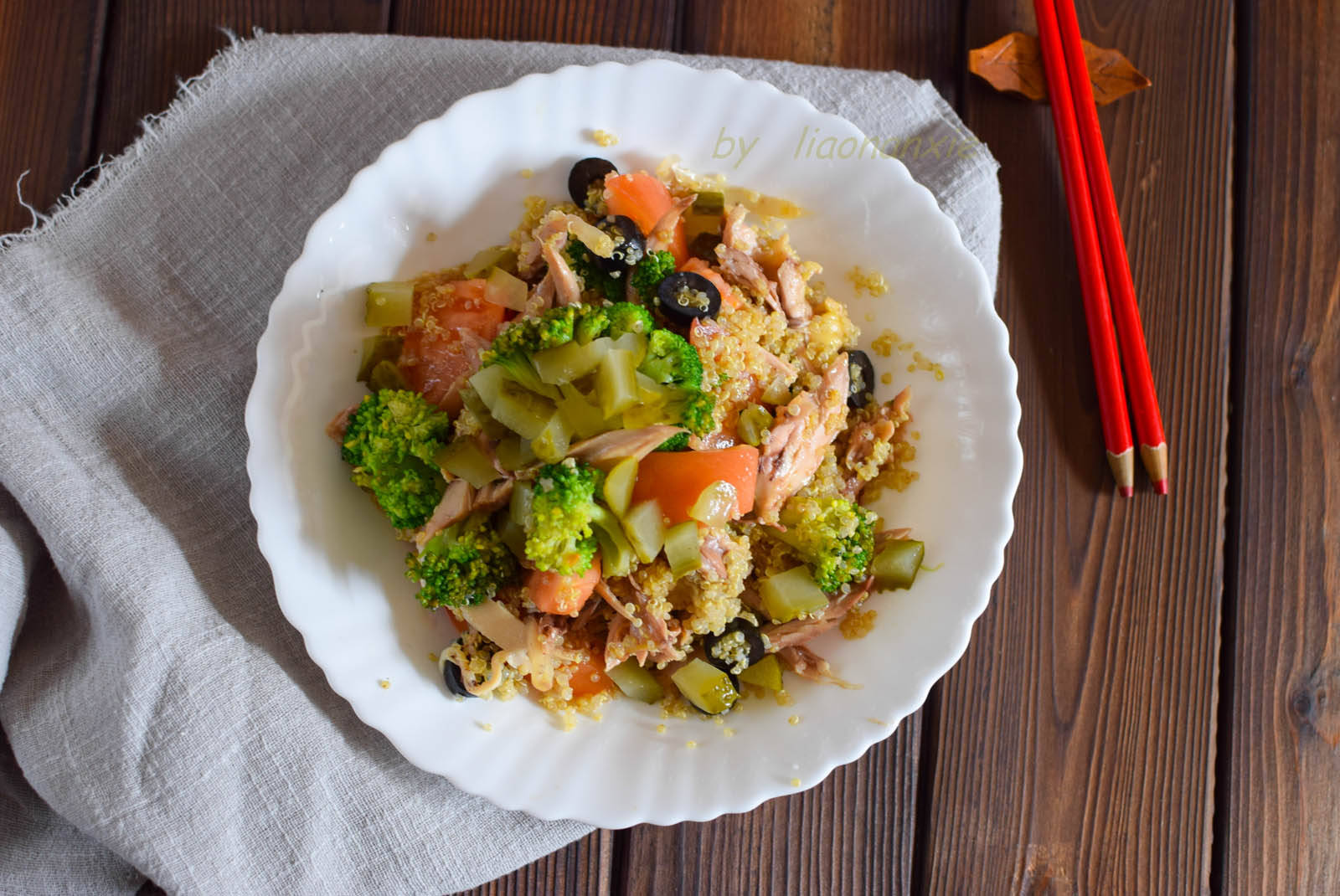 原50岁大妈午饭吃的清淡,低脂就能吃饱,吃多了也不会长肉
