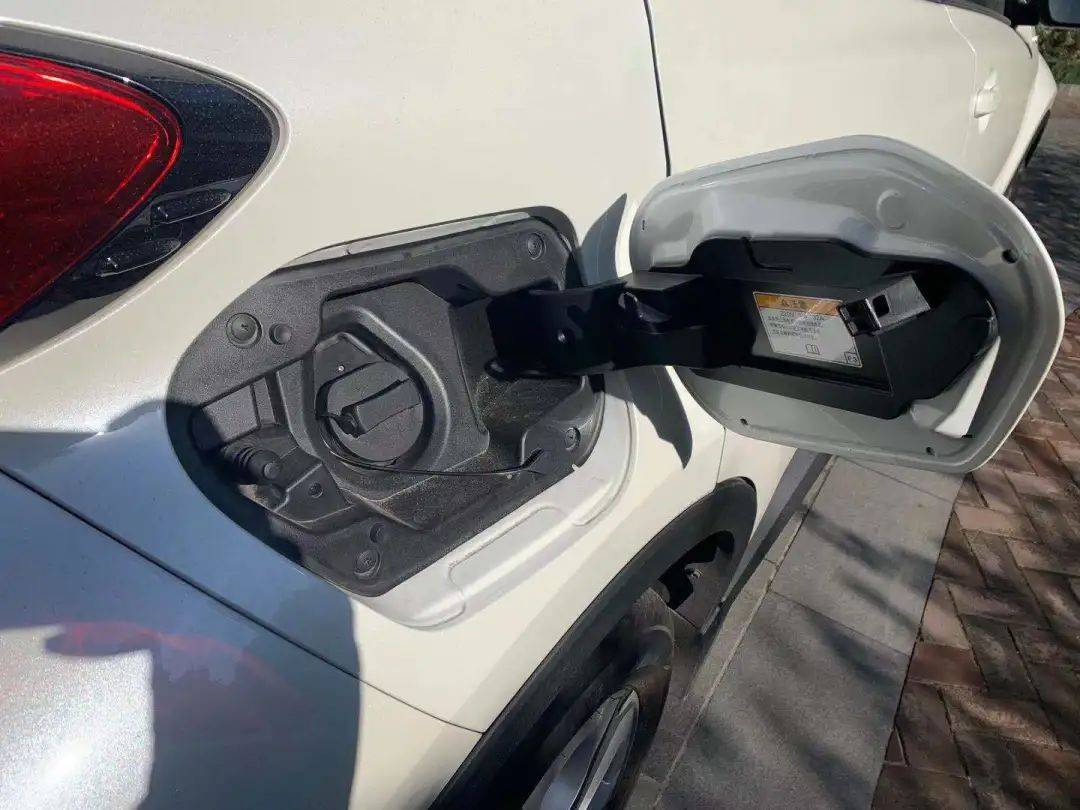 【试驾】与C-HR EV,开启你的2021之旅_充电